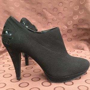 Impo Suede Ankle Boots Black